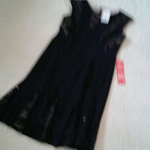 Beautiful R & M Richards Size 10P dress.